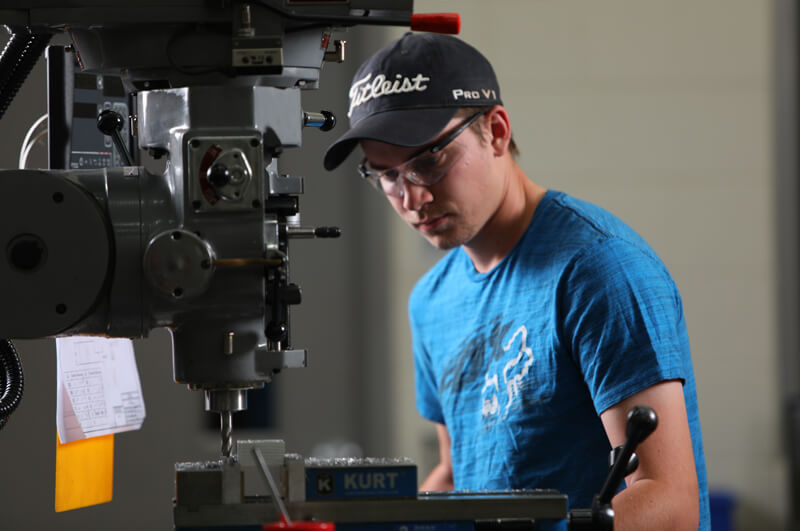 photo: machining student