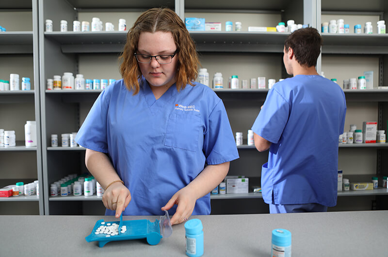 photo: students sorting prescription